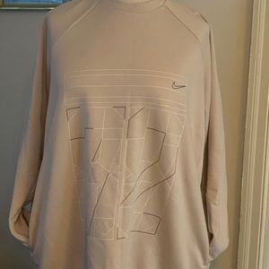 Nike Plus Size oversized sweatshirt